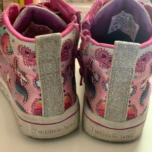 Twinkle toes sketchers sneakers